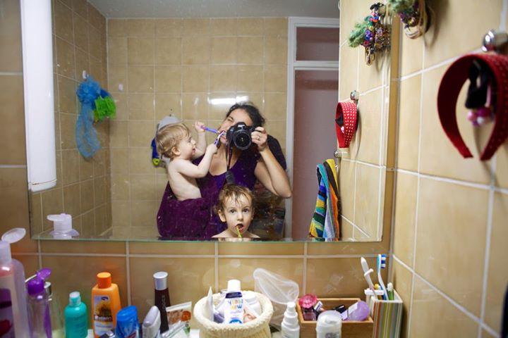 """Multitasking u praksi"" mama Tamara Zidar sa svoja dva sina"